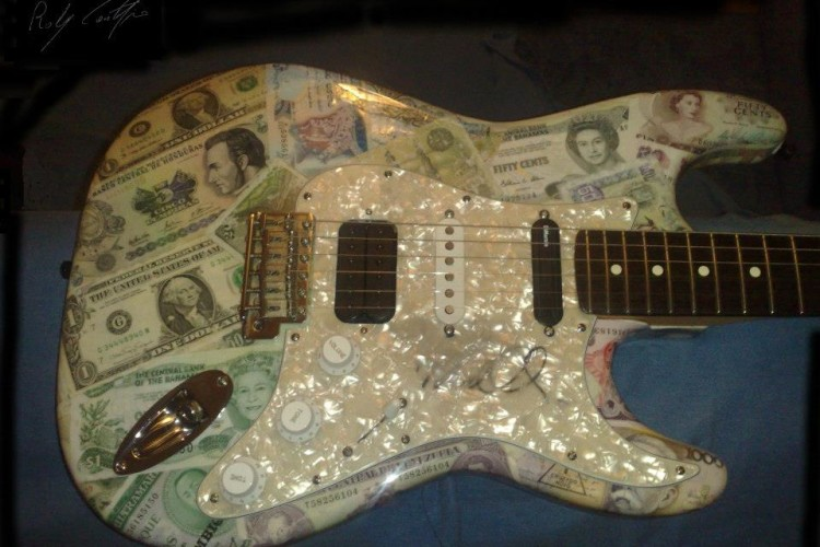 FENDER MONEY